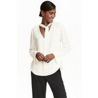 H&M Bluzka z wiązaniem 0442191002 Biały