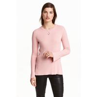 H&M Sweter w prążki 0390157006 Jasnoróżowy melanż