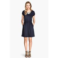 H&M Dżersejowa sukienka 0202017053 Ciemnoniebieski