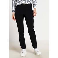 Wallis Petite Spodnie materiałowe black WP021C013
