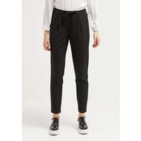 Vero Moda VMNEW Spodnie materiałowe black VE121A0DI