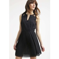 Sisley Sukienka koktajlowa black 7SI21C05M