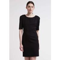 Sisley Sukienka etui black 7SI21C04X