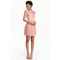 H&M Koronkowa sukienka 0454242002 Pudroworóżowy