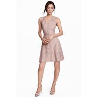H&M Koronkowa sukienka w serek 0468246005 Jasnoróżowy