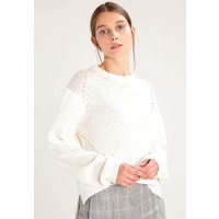 House of Dagmar BEL Sweter optic white DG221I00N