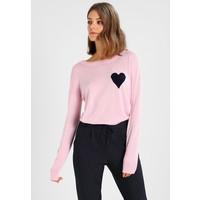 Baukjen SOPHIE INTARSIA Sweter soft blush/navy B0P21I00B