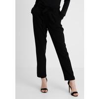 JDYDAKOTA BELT PANT Spodnie materiałowe black JY121A024