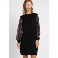 ONLY ONLVIKTORIA DRESS Sukienka dzianinowa black ON321C12H