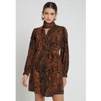 Topshop SNAKE DRESS Sukienka koszulowa tan TP721C102